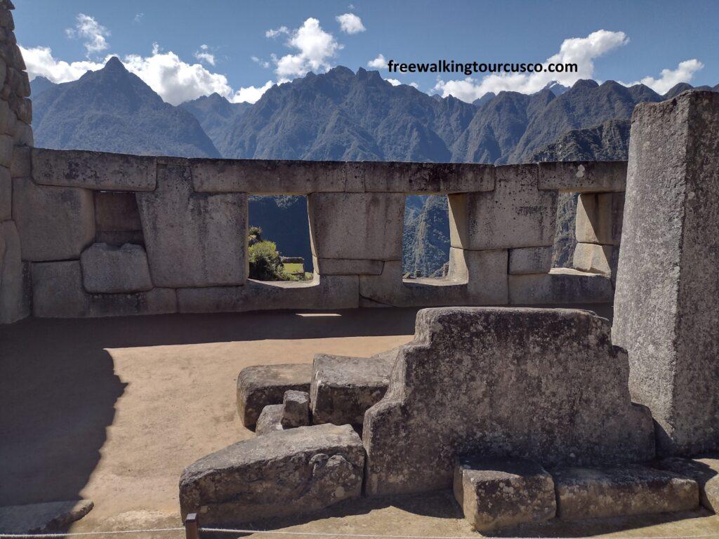Three windows temple